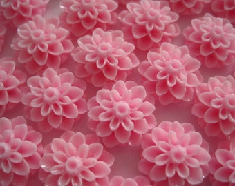 Resin Cabochon Flowers / 12 pcs Pink Resin Dahlia Mum 15mm