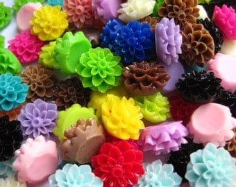 Resin Cabochon Flowers / 12 pcs Dahlia Mum Cabochons / Mixed Lot