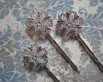 Bobby Pin Blanks / Hair Pin 6 to 15 pcs Silver Colored Filigree Flower / Bobby Pin with Pad for Cabochon Flowers