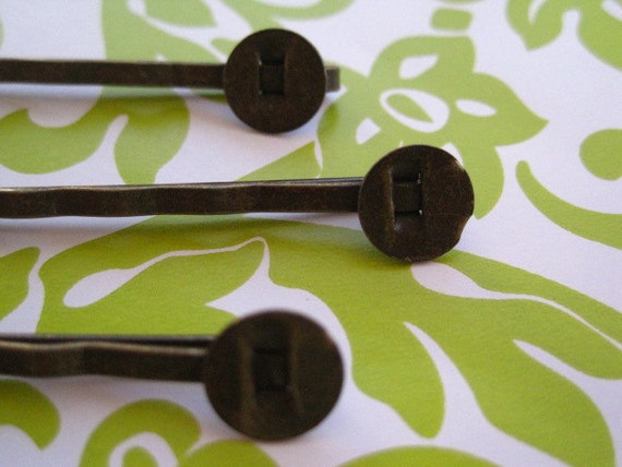 Bobby Pin / Hair Pin 50pcs with 8mm Glue Pad.....Perfect for Resin Flowers & Cabochons