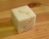 Gear Cube, Natural (Ivory)