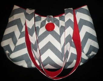Chevron Bag Purse in Gray & Natural Canvas print w Red, Pleated