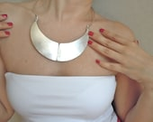 Modern Metal Collar Necklace-Fashion Jewelry-2012 Necklace Trends-Fashion For All Season
