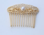 Gold plated lace Bridal hair comb with a pearl - Victorian shabby chic vintage style