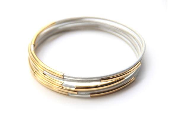 Set of 5 White leather Bangle Bracelets with gold bars - 24k mate gold plated