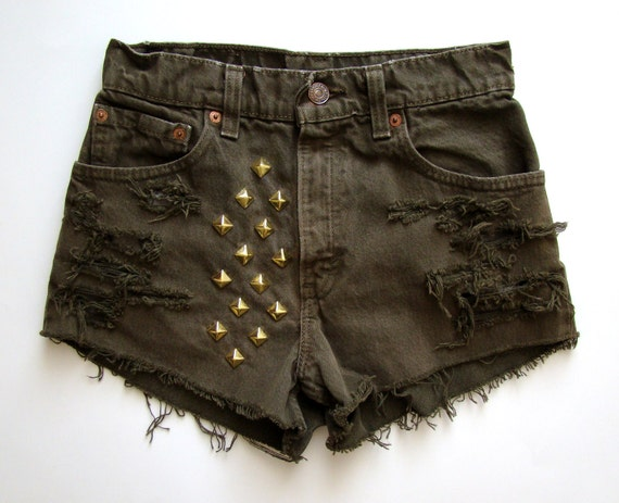 Levi's HighRise Studded Shorts size 3