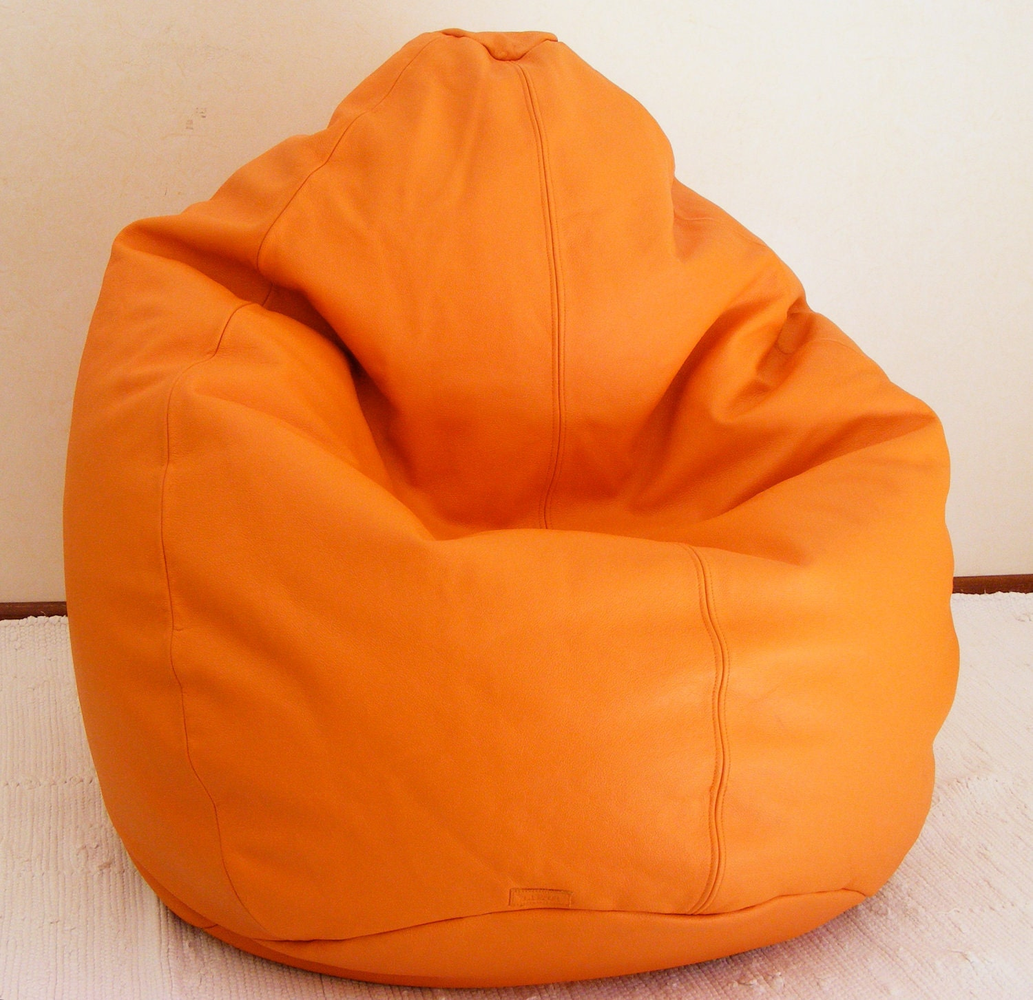 Viewing gallery for bean bag chairs