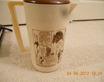 Vintage 70s Mongomery ward & co advertising pitcher old ads catalog 2qt