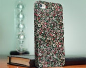 Floral iPhone 4 case, iPhone 4s case, floral fabric pattern S080