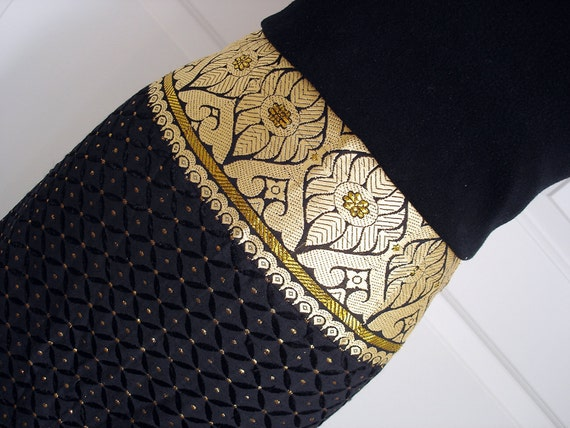 Vintage 70s ethnic skirt/ black and gold maxi skirt/ hippie skirt/ embroidered floral and geometric skirt/ Dona Jean