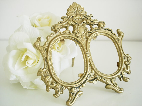 Vintage double brass picture frame/ Victorian ornate picture frame/ double round photo frame