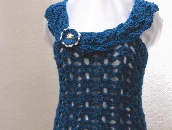 OOAK Crocheted fashion tank top matching brooch