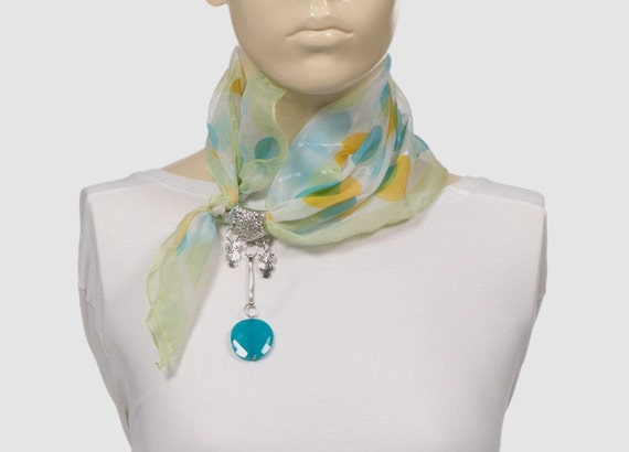 Scarf & Necklace. For her. Pink. Usable everyday. Blue. Chiffon scarf. Blue bead. Small scarf.