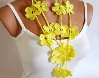 Crochet Yellow Flower Lariat Scarf. Fashion Flower Scarves, Necklace... Lariat scarf for spring...