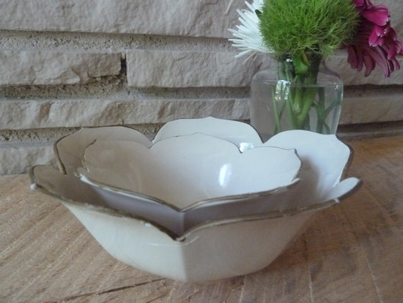 Vintage Melamine Nesting Lotus Bowl Set