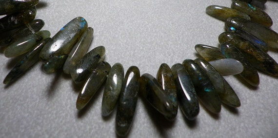 Green Labradorite Tooth Nugget Beads 5mm and Up