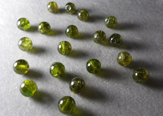 Peridot Round Beads 7mm