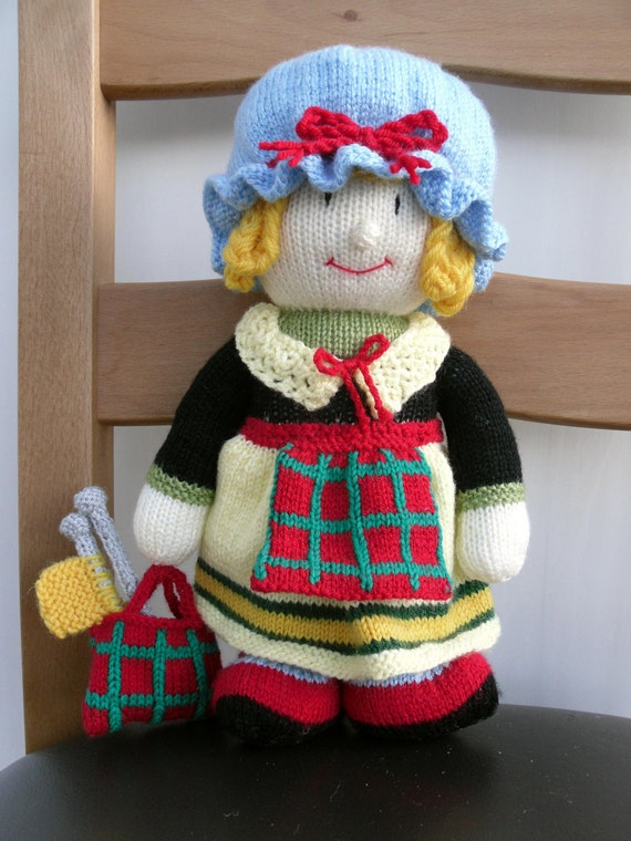 Knitted toy Scottish doll woman