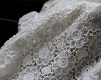 Ecru Cotton Lace Fabric cotton guipure lace fabric with daisy