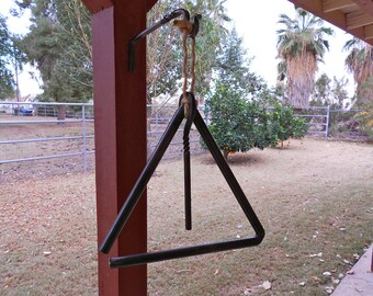 Ranch Dinner Bell with Bracket