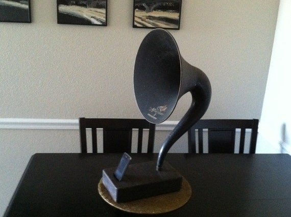 Magnavox Acoustic  iPhone Speaker Dock Utilizing a Vintage Antique   Gramophone Phonograph Horn -CUSTOM - MADE to ORDER-