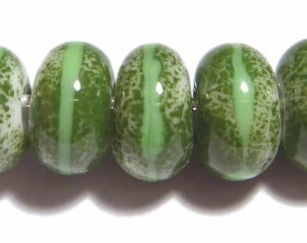 GREEN Rondelles Handmade Glass Lampwork BEADS Organic Rondelles Set of 5