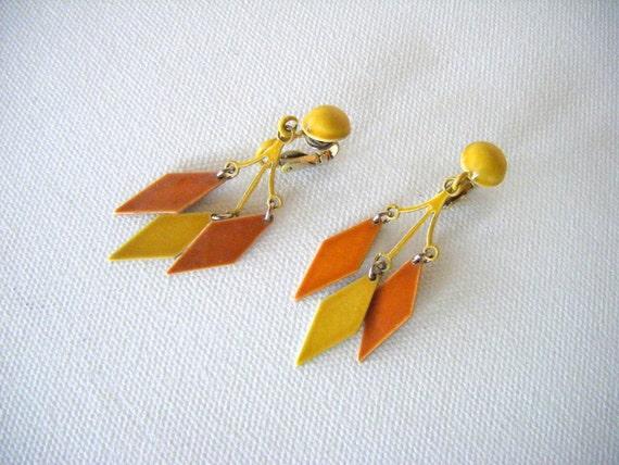 Vintage Geometric Earrings-Clip On's