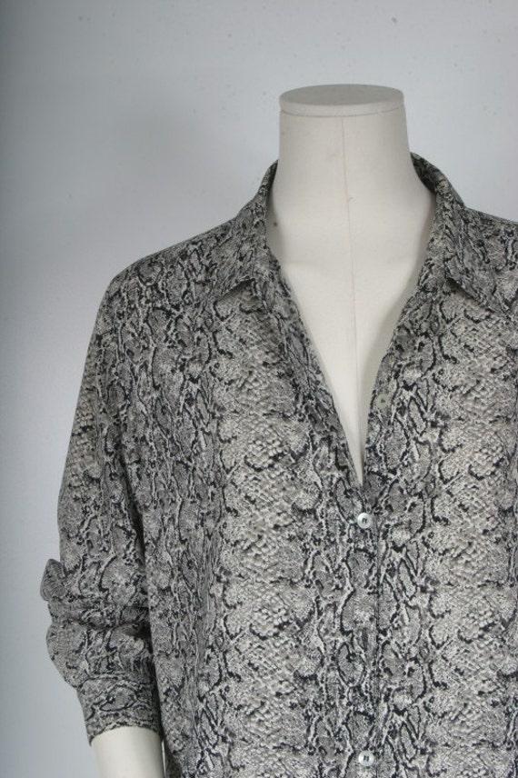 Vintage blouse snakeskin leopard print women size L Petite large