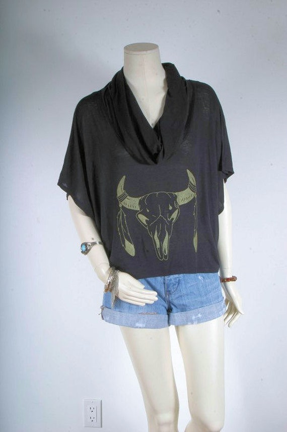 Women blouse black screen printed top ram skull with feathers in gold Hi Low cowl neck size S small