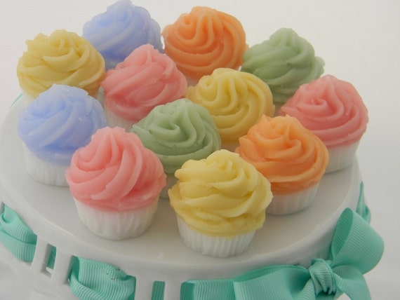 Mini Cupcake Soap Favors (12)