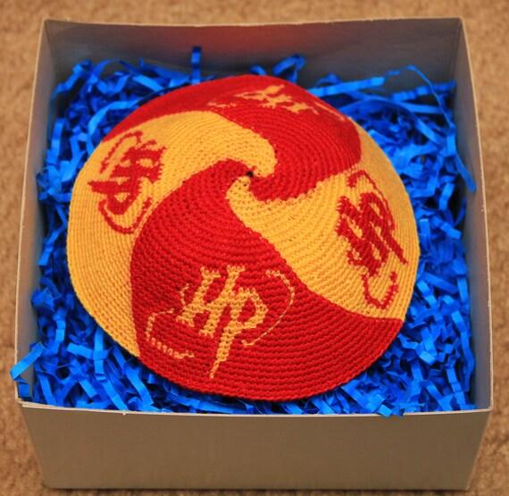 Crochet Yarmulke : Harry Potter Gryffindor Crocheted Kippah / Yarmulke by gsager