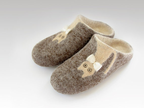 Open heel felted slippers of natural sheep and alpaca wool,  brown, cream, ready to ship, US size 8,5 / EU size 38,5