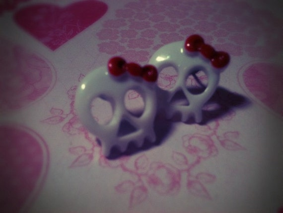 Kawaii Hello Kitty White Skull Earrings