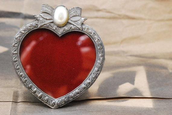 Victorian Sweetheart Vintage Picture Frame