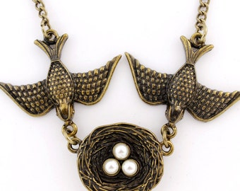 Beautiful Vintage Feel Gold-tone Swallow Couple and Their Nest Necklace