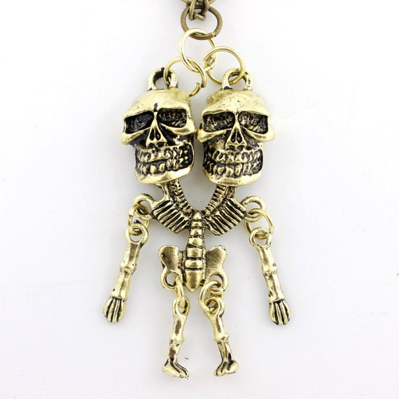 VINTAGE Gold-tone Cool Double Skull Pendant NECKLACE