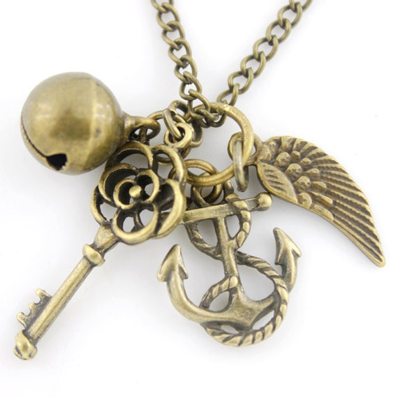Vintage Beautiful Gold-tone Anchor/Key/Wing/Bell Pendant NECKLACE