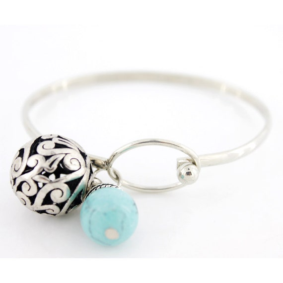 Simple Silver-tone BLUE Turquoise Stone and Hollow Ball Drop Bracelet