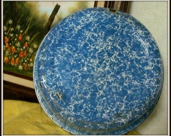 Blue and White Swirl Granite Ware Pudding Pan, Vintage 1930's Antique, Enamel Ware, Rustic Decor, Primitive