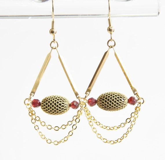 Elegant Black Gold and Garnet Earrings with Rare Vintage Mesh Beads