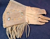 One Vintage Woman's Rodeo Glove
