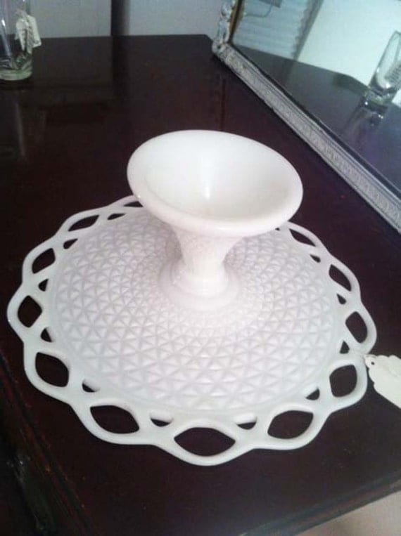 Pretty Vintage Milk Glass Cake Stand - Open lace pattern