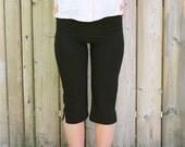 SALE 80s Black Stretch Capri Pants