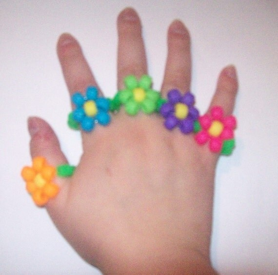 Psychedelic Garden II - Stretch Kandi Flower Rings - Set of 5 - Kawaii / Decora / Rave - Orange, Blue, Pink, Green and Purple