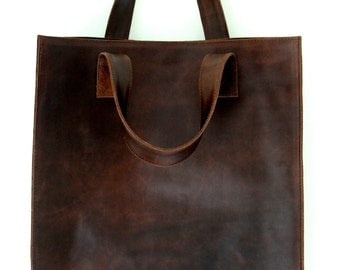 MINIMO. Leather bag / shopper tote / simple leather bag / leather tote / leather shopper bag. Available in different leather colors.