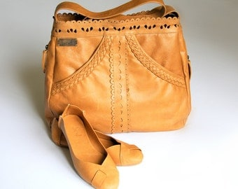 L'AMOUR & NATIVE. Handmade shoulder leather bag / ballet flats. Available in different leather colors.