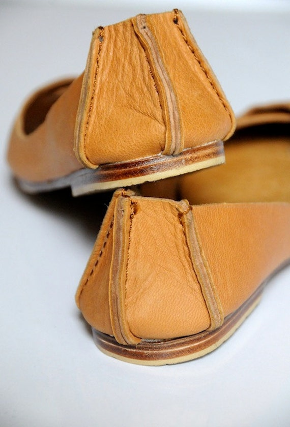 NATIVE. Leather ballet flats / womens shoes / flat shoes / rustic / leather shoes. Sizes US 4-13. Available in different leather colors