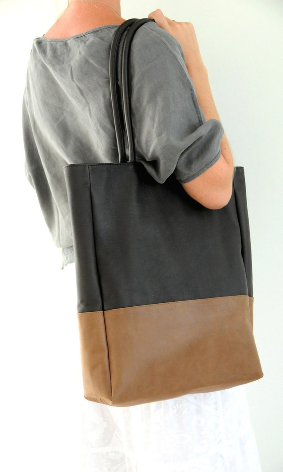 INGENUE. Leather tote / oversized shoulder bag / leather tote bag / leather shopper bag. Available in different leather color combinations.