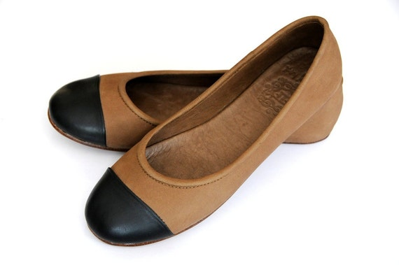 20% OFF. ANN. womens shoes / ballet flats / leather. size 6-6.5 US. 37 Eur
