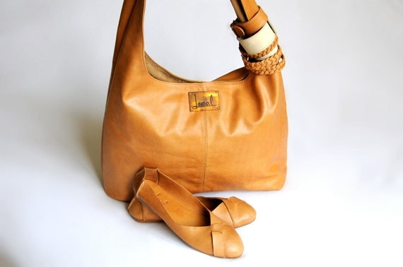 SERENDIPITY & NATIVE. Leather tote / ballet flats. Available in different leather colors.